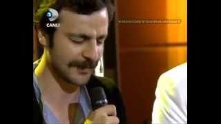 Güven Murat Akpınar - Bir Fırtına Tuttu Bizi - Beyaz Show .mp4